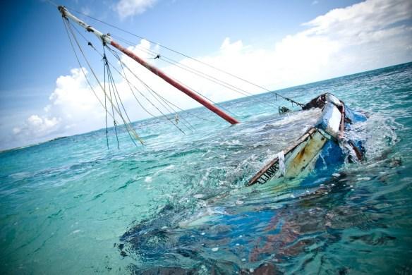 La barca affonda - Lyonora